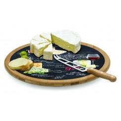 Rundt ostefad med kniv